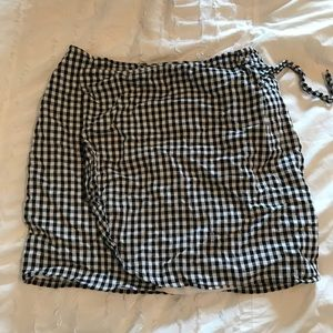 Made well gingham wrap skirt